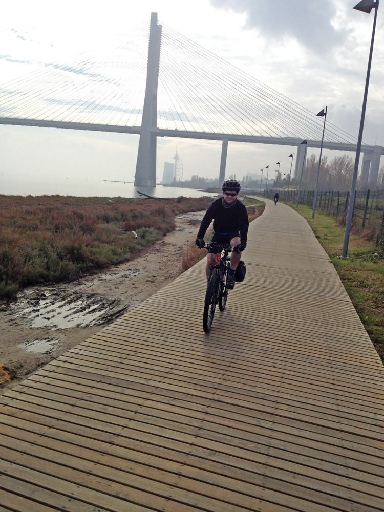 pedalling our way out of lisbon